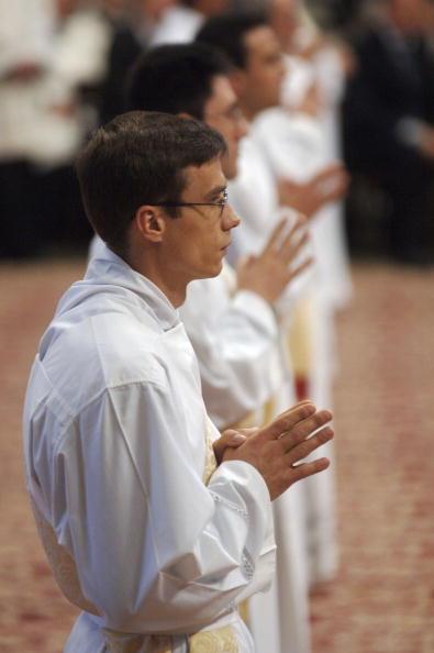 バシリカ「Pope Names New Priests」:写真・画像(18)[壁紙.com]
