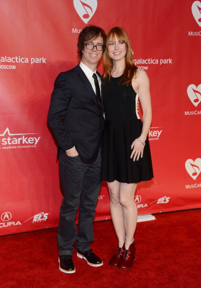 Alicia Witt「The 2013 MusiCares Person Of The Year Gala Honoring Bruce Springsteen - Arrivals」:写真・画像(12)[壁紙.com]