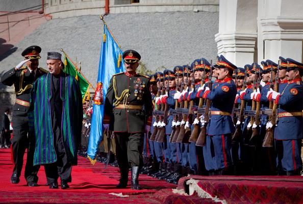 Kabul「Hamid Karzai Is Inaugurated As Afghan President」:写真・画像(2)[壁紙.com]
