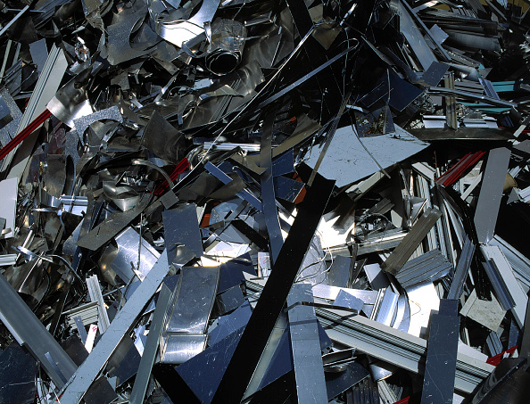 Plate「Aluminium scrap collected for recycling」:写真・画像(16)[壁紙.com]