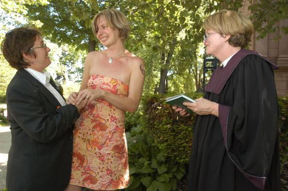J R Smith「Massachusetts To Begin Issuing Same Sex Marriage Licenses」:写真・画像(9)[壁紙.com]