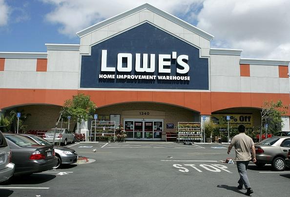 店「Lowes Q1 Profit Rises 44 Percent」:写真・画像(9)[壁紙.com]