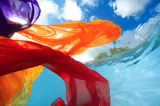 Silk「fabric underwater」:スマホ壁紙(10)