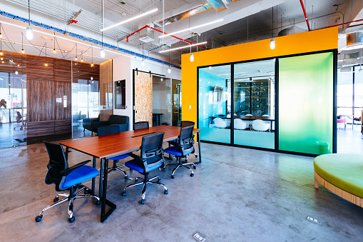 Open Plan「Modern Workplace」:スマホ壁紙(10)