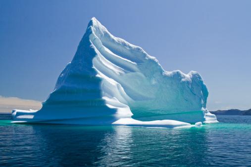 North Atlantic Ocean「Iceberg, Newfoundland, Trinity Bay, Canada」:スマホ壁紙(1)