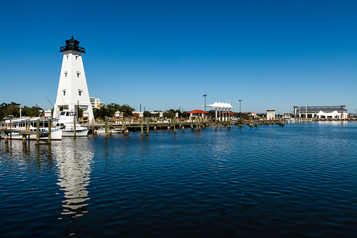 Extreme Weather「Gulfport Lighthouse」:スマホ壁紙(16)