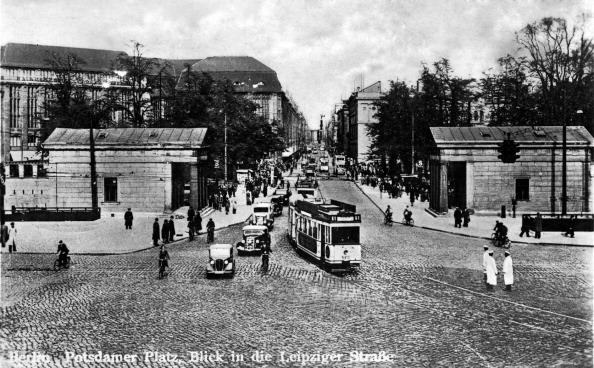 City Life「Potsdamer Platz, Berlin, Germany」:写真・画像(7)[壁紙.com]