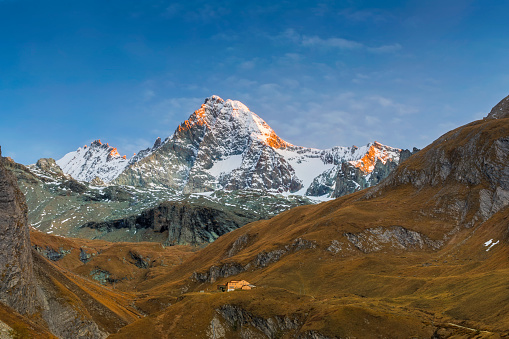 Austria「Grossglockner Alpenglow at Autumn in Kals, Austria」:スマホ壁紙(17)