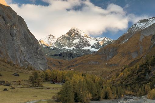北チロル「秋 Kals、オーストリアのグロースグロックナー山日の出」:スマホ壁紙(9)