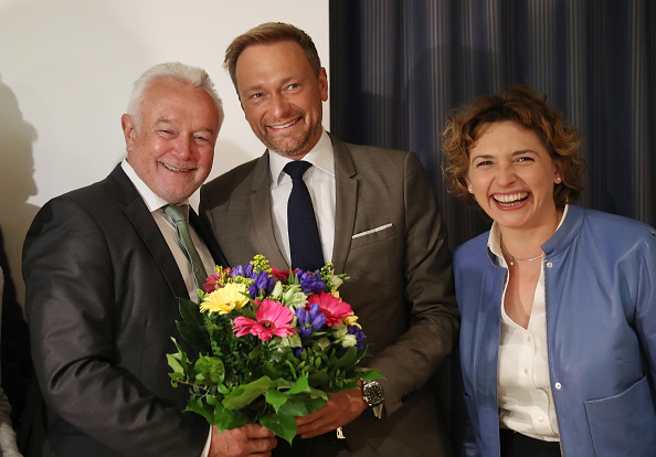 flower「German Elections: The Day After」:写真・画像(1)[壁紙.com]