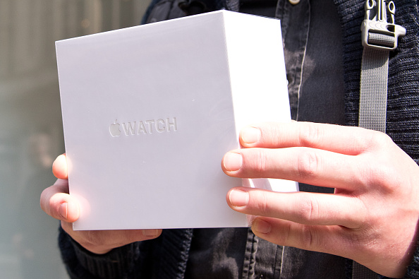 Apple Watch「Apple Watch Goes On Sale At Handful Of Boutiques Around The World」:写真・画像(8)[壁紙.com]
