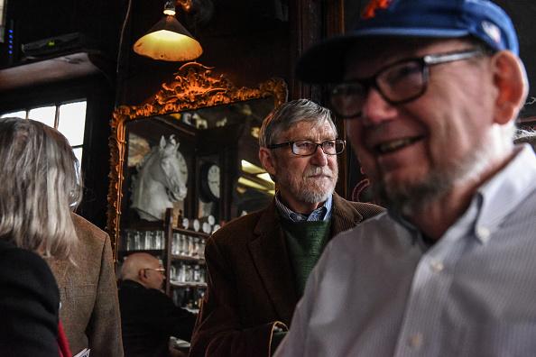 歴史「Protest Held At Iconic Greenwich Village Bar, The White Horse Tavern, Over Its Change Of Ownership」:写真・画像(10)[壁紙.com]