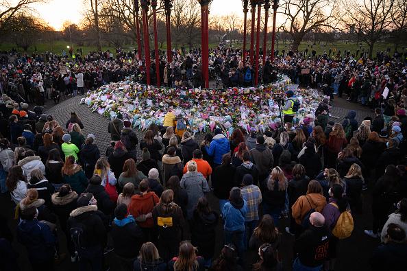 Memorial Vigil「Vigils Held In Memory Of Murdered Sarah Everard」:写真・画像(6)[壁紙.com]