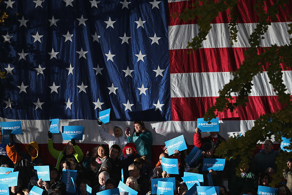 Oregon - US State「President Obama Continues His Push Through Key Swing States In Final Days Before Election」:写真・画像(12)[壁紙.com]
