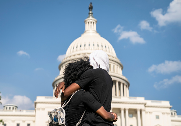 Tranquility「Protesters Demonstrate In D.C. Against Death Of George Floyd By Police Officer In Minneapolis」:写真・画像(13)[壁紙.com]