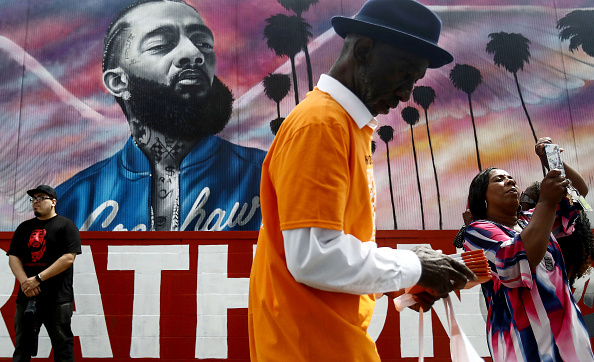 Mural「Funeral Procession Of Hip Hop Artist And Community Activist Nipsey Hussle Travels Through His L.A. Neighborhood」:写真・画像(14)[壁紙.com]