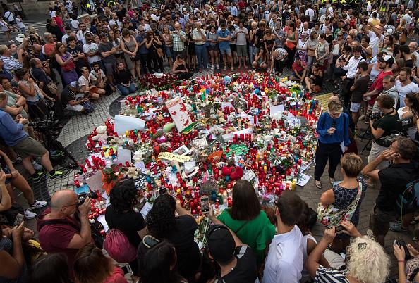 横位置「Aftermath Of The Barcelona Terror Attack」:写真・画像(13)[壁紙.com]