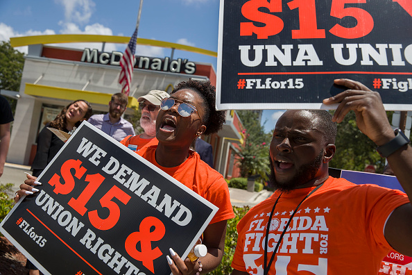 Labor Union「McDonald's Workers Strike For Higher Wages In Fort Lauderdale」:写真・画像(10)[壁紙.com]