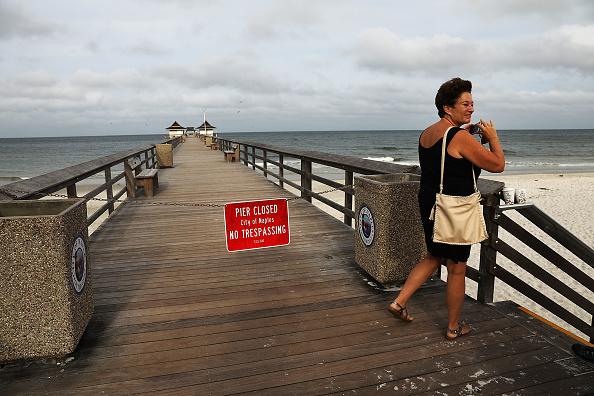 Naples - Florida「Massive Hurricane Irma Bears Down On Florida」:写真・画像(2)[壁紙.com]