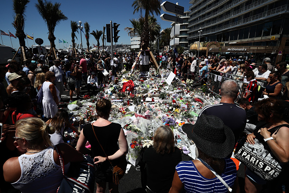 2016 Bastille Day Attack in Nice「France Continues To Mourn The Bastille Day Terror Attack」:写真・画像(19)[壁紙.com]