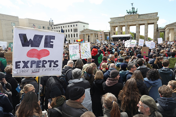 科学「March For Science In Germany」:写真・画像(17)[壁紙.com]