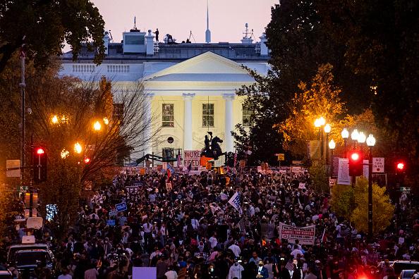 Winning「Supporters Of Joe Biden Celebrate Across The Country, After Major Networks Project Him Winning The Presidency」:写真・画像(9)[壁紙.com]