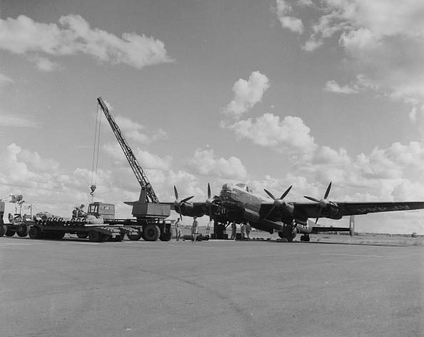 Derek Berwin「Avro Lincoln four-engined heavy bomber」:写真・画像(4)[壁紙.com]