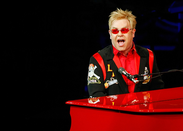 Caesars Palace - Las Vegas「Elton John's Final Bow At Caesars Palace」:写真・画像(2)[壁紙.com]