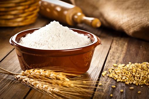 Bakery「Bowl filled with wheat flour.」:スマホ壁紙(3)