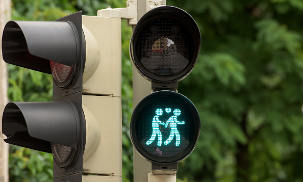 Homosexual Couple「Munich Introduces Homosexual Pedestrian Light Figures」:写真・画像(1)[壁紙.com]