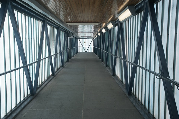 Footbridge「Pedestrian footbridge at St Albans City station」:写真・画像(14)[壁紙.com]