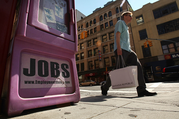 Financial Figures「Unemployment Reaches 6.1%, Highest Rate In Five Years」:写真・画像(2)[壁紙.com]
