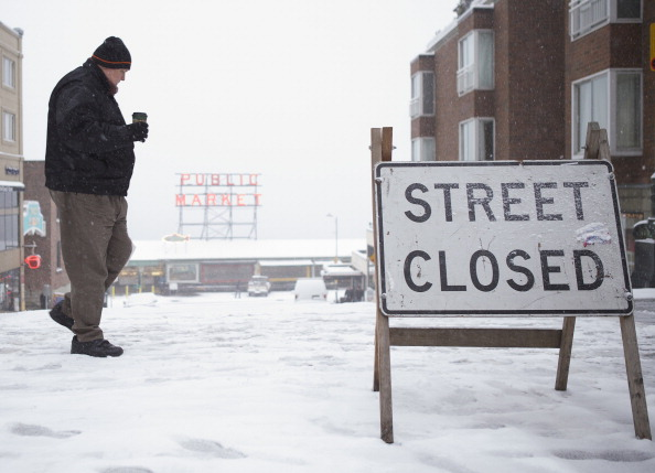 Snow「Seattle Area Hit With Snow Storm」:写真・画像(5)[壁紙.com]