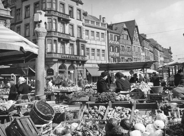 Trier「Trier Market」:写真・画像(5)[壁紙.com]