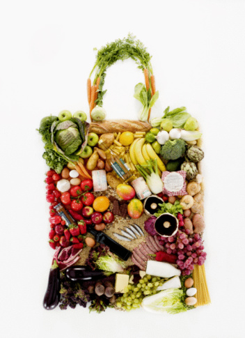 Food and Drink「Fruit and vegetables in shape of shopping bag」:スマホ壁紙(2)