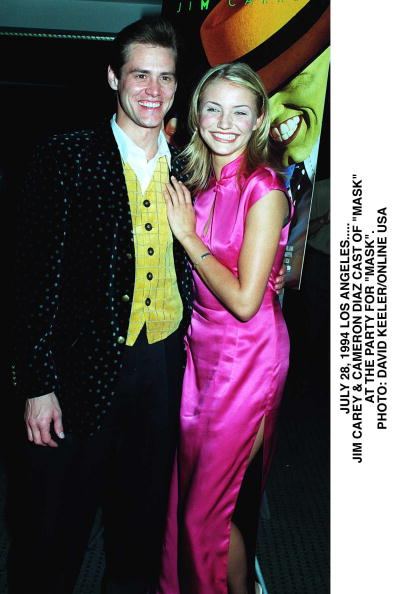 """David Keeler「Hollywood Jim Carey And Cameron Diaz Arrive At The Premiere Of""""Mask"""" At The Academy Of」:写真・画像(5)[壁紙.com]"""