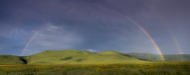 Double Rainbow「Rainbow in Ngorongoro Crater」:スマホ壁紙(12)