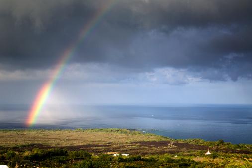 虹「Rainbow in South Kona, Hawaii with Kahikolu Church」:スマホ壁紙(12)
