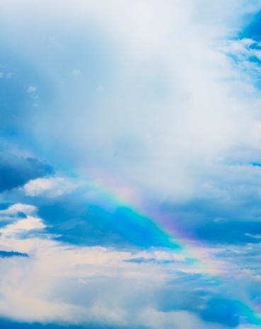 虹「Rainbow in clouds」:スマホ壁紙(7)