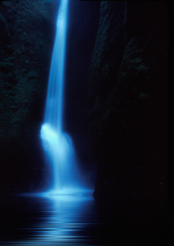 Oneonta Gorge「Oneonta Falls」:スマホ壁紙(2)