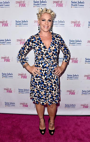 Pink - Singer「2014 Power Of Pink Benefiting The Cancer Prevention Program At Saint John's Health Center」:写真・画像(2)[壁紙.com]