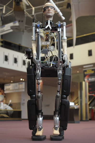 Guest「The Incredible Bionic Man, The Subject Of The New Smithsonian Channel Special Premiering Sunday, October 20 At 9pm Arrives At The Smithsonian National Air And Space Museum Where He Will Be On Display Through The Fall.」:写真・画像(4)[壁紙.com]
