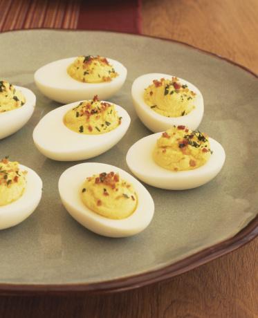 Hard-Boiled Egg「Plate of deviled eggs」:スマホ壁紙(14)