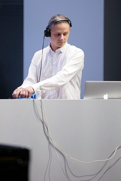 乗り物・交通「Kammerorchester Berlin And Neue Meister Perform 'Neue Meister: Modern Classical Music'」:写真・画像(11)[壁紙.com]