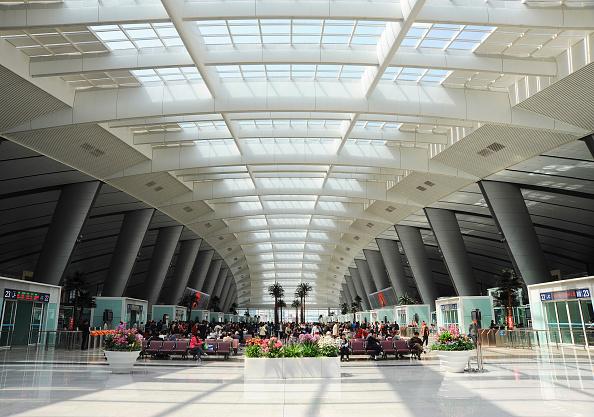 Architecture「Beijing South Railway Station waiting hall, China」:写真・画像(6)[壁紙.com]
