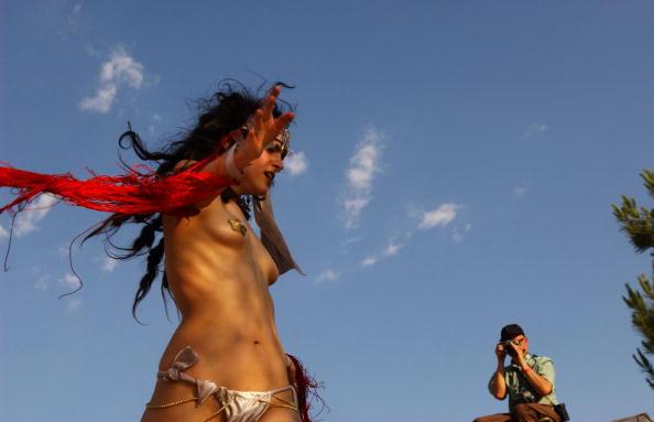 南国「Miss Exotic World Pageant Celebrates Burlesque」:写真・画像(11)[壁紙.com]