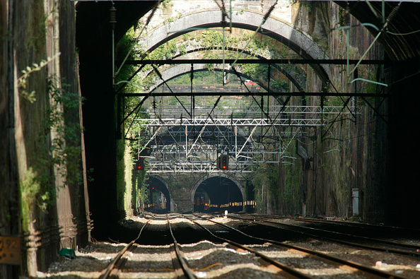 Approaching「The approaches to Liverpool Lime St from Edge Hill. Summer 2004.」:写真・画像(13)[壁紙.com]