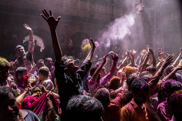 お祝い「Hindus Celebrate Holi In India」:写真・画像(9)[壁紙.com]