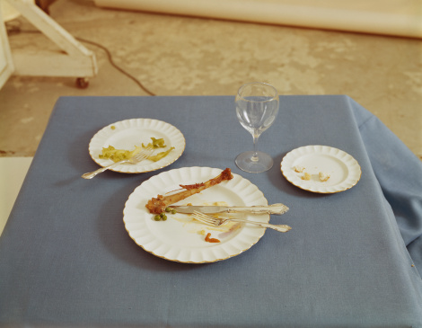 1967「Finished plate of food on table」:スマホ壁紙(15)