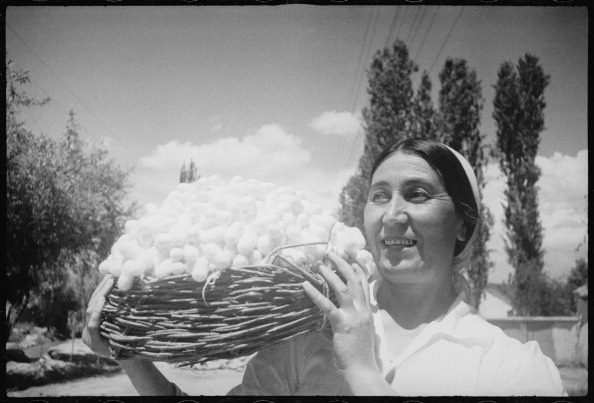 Max Penson「A Woman With Cocoons」:写真・画像(3)[壁紙.com]